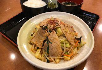 豚キムチ定食 730円