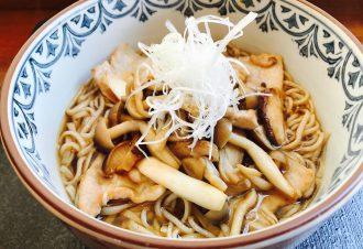 きのこ蕎麦 680円