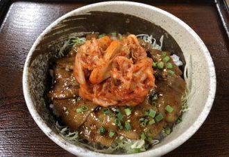 キムチ焼肉丼 800円